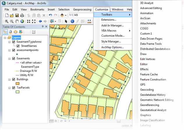 Hiding and showing toolbars—Help | ArcGIS Desktop